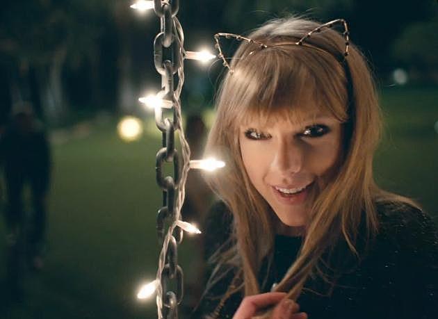 Taylor Swift Cat Ears Gif